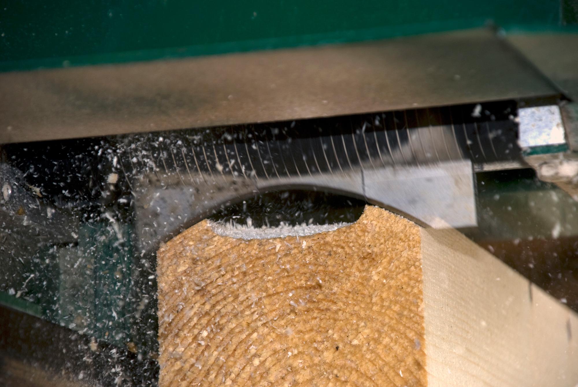 Log Moulder TF230